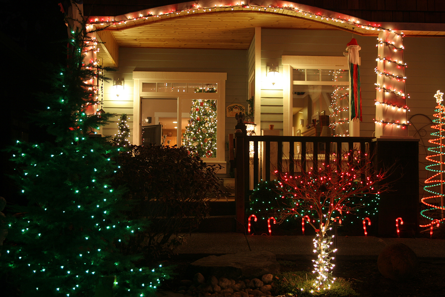 Holiday Lighting Tips For Your Seattle Home - Greenwood Hardware